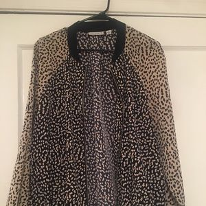 Leopard print jacket blue and white